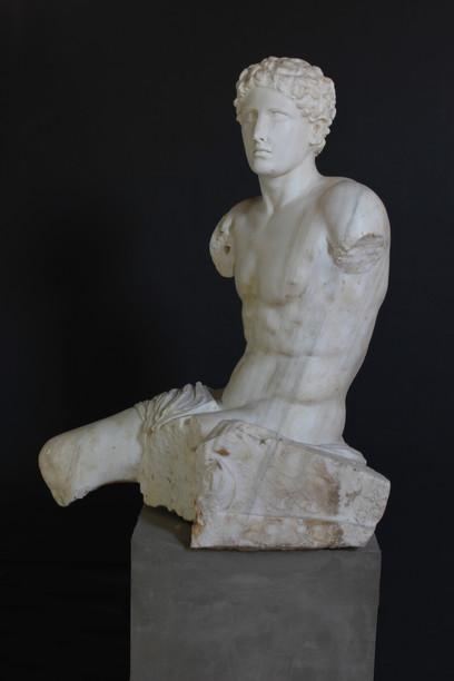 Statua-di-Trittolemo-Marmo-pentelico-I-II-sec-d-dot-C-Santa-Maria-Capua-Vetere-Museo